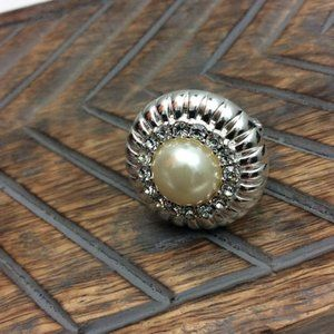 Jewelry - Pearl and Rhinestone Cocktail Ring